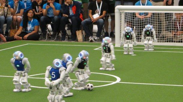 Robocup Wm Deutschland Ist Doppel Weltmeister Im Fussball
