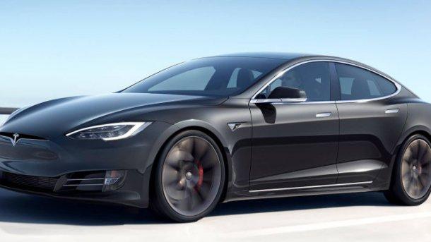 Langzeittest: Die Akkukapazität eines Tesla sinkt kaum