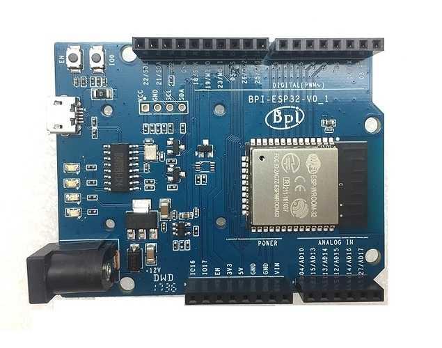 Sieht aus wie ein Arduino, ist aber ein ESP32-Board: BPI-UNO32.