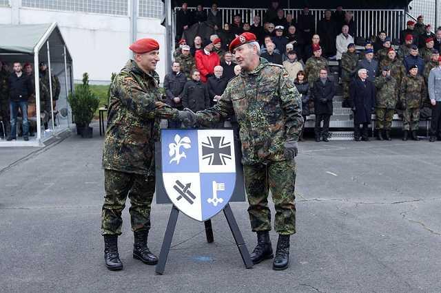 Das ZOpKomBw hat ein eigenes Wappen.