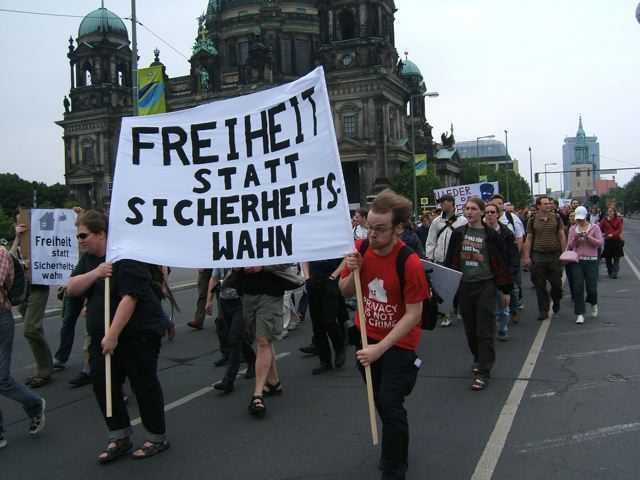 """Demonstration """"Freiheit statt Sicherheitswahn"""""""