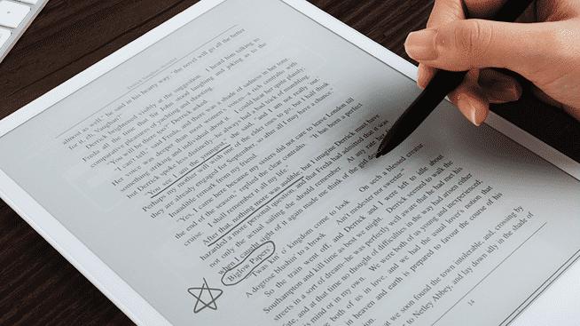 E-Pad: Tablet mit E-Paper-Display und Zeichenstift
