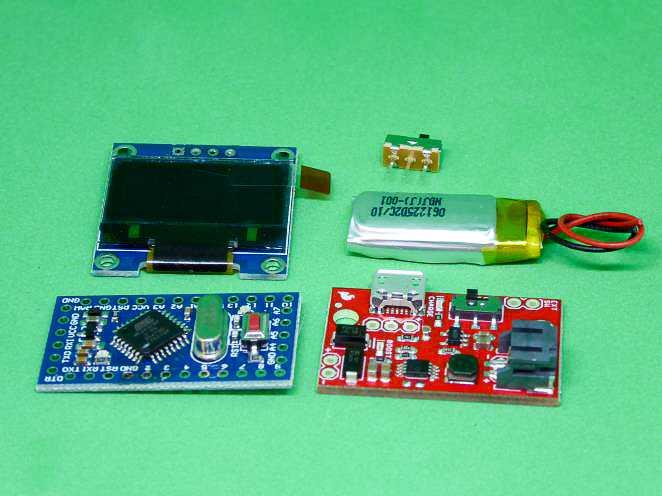 Display, Arduino Pro Mini, Lithiumbatterie und Modul zur Spannungsversorgung