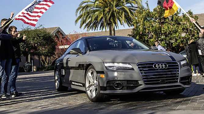 "Audi verlangt liberalere Regeln für ""autonomes Fahren"""