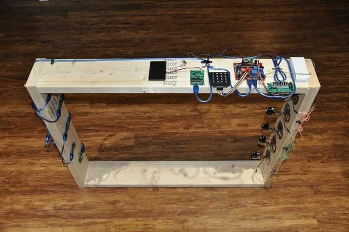 Holzrahmen mit Elektronik