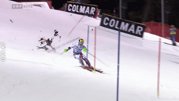 Kameradrohne stürzt auf Ski-Piste