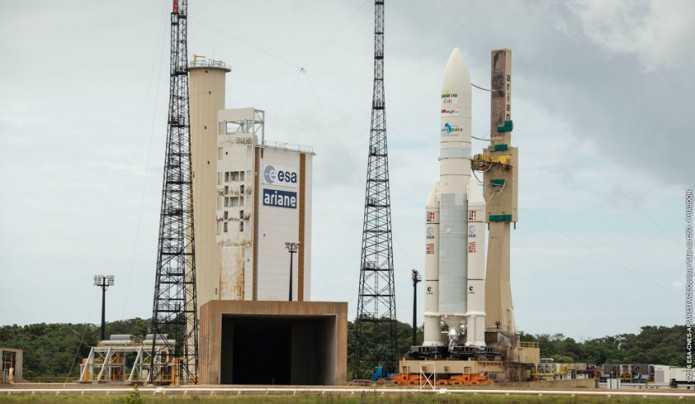 Ariane 5 auf dem Weltraumbahnhof in Kourou (Französisch-Guayana).