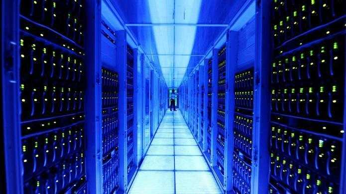 Reichtum statt Sparsamkeit: Dobrindt will Datenschutz lockern