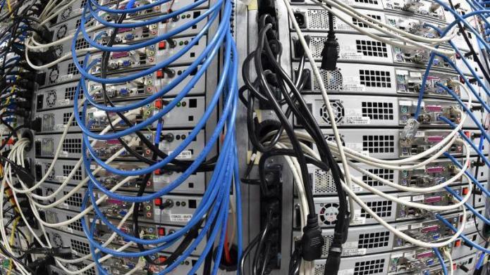 United Domains: Panne nimmt 1,6 Millionen Domains vom Netz | heise ...