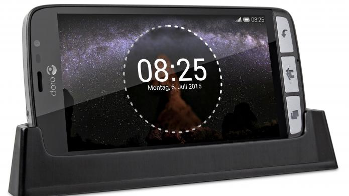 ifa 2015 doro stellt neues senioren smartphone mit android vor heise online. Black Bedroom Furniture Sets. Home Design Ideas