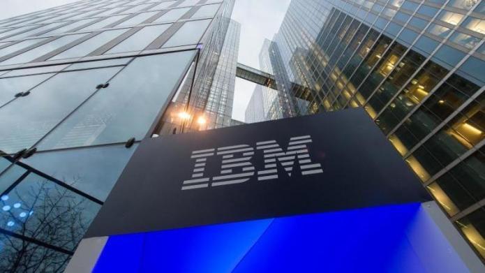 IBM weiter mit Umsatzrückgängen