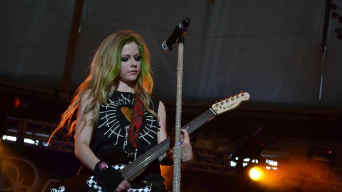 Avril Lavigne ist der gefährlichste Promi im Netz