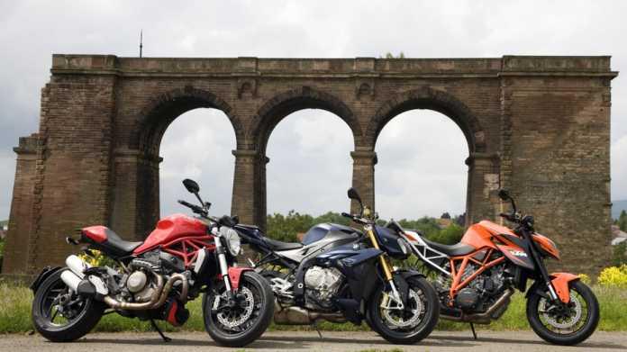 Die Krone der Roadster-Schöpfung 2014: Ducati Monster 1200, BMW S 1000 R, KTM 1290 Super Duke