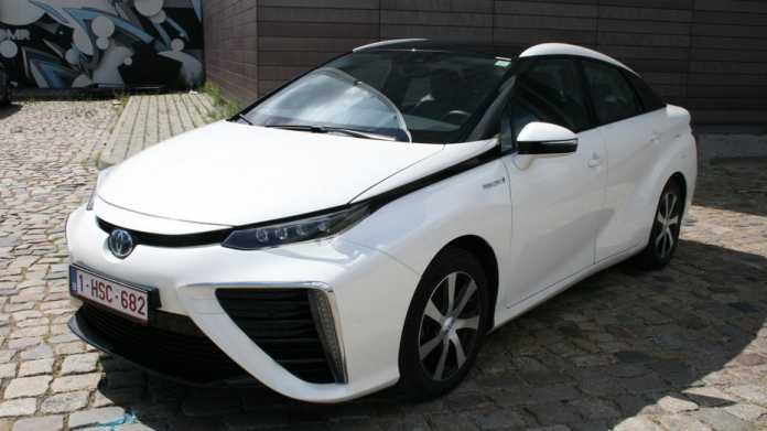 Brennstoffzellenantrieb, alternative Antriebe, Hybridantrieb