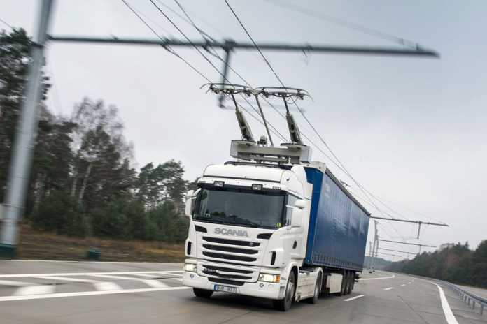 Scania Oberleitungs-Lkw