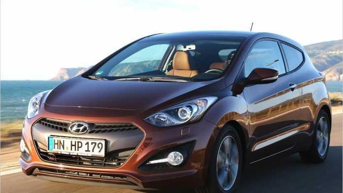 Hyundai bietet den i30 jetzt auch als zweitüriges Coupé an.