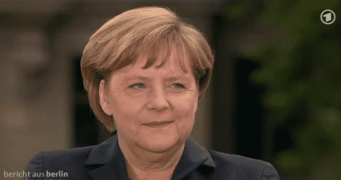 """Angela Merkel im ARD-Sommerinterview: """"Wir arbeiten zusammen im Kampf gegen den Terror, aber auf der anderen Seite muss natürlich auch der Schutz der Daten der Bürgerinnen und Bürger gewährleistet sein."""""""
