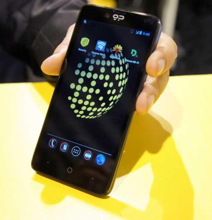 Beim Blackphone soll die verschlüsselter Kommunikation sicher vor den Augen und Ohren Dritter sein. Das dafür entwickelte PrivatOS ist ein Android-Derivat.