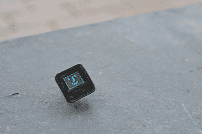 Der Microview kombiniert ein OLED-Display mit der Arduino-Plattform auf wenig Platz.