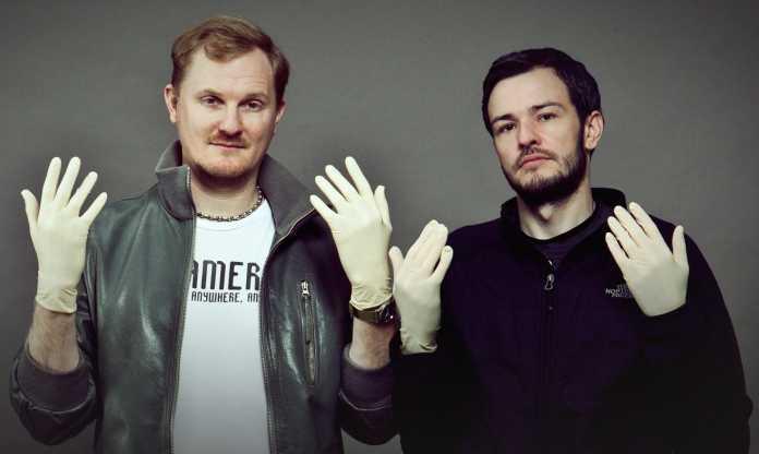 Denken sich Roboter und Roboterbauer aus: Tobias Becker und Steffen Tron.