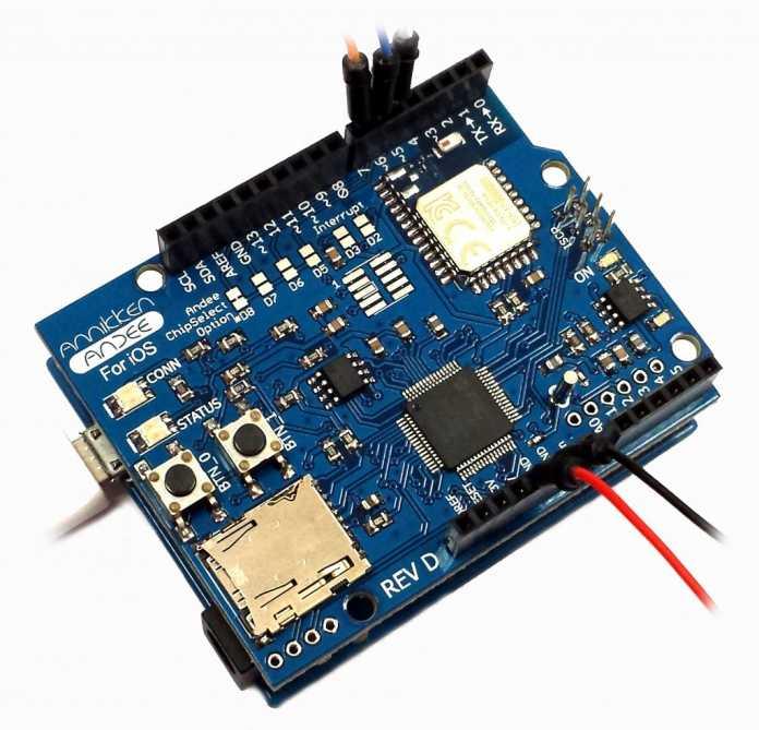 Die Arduino-kompatible Adapter-Platine ist jeweils für Android- und iOS-Geräte verfügbar.