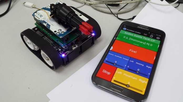 Das Arduino-Shield eignet sich besonders für die Steuerung von Roboter-Modellen. Die Entwicklung zusätzlichen Codes unter Xcode oder Eclipse ist nicht notwendig und spart viel Zeit.