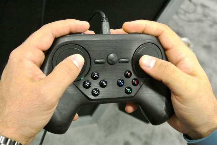 Valve verschiebt die Steam Machines. Grund: Der bisherige Controller entspricht noch nicht den Erwartungen.