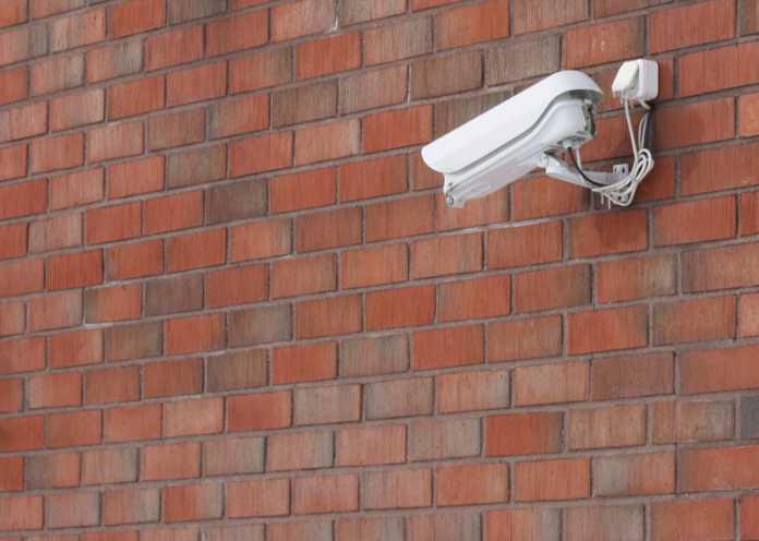 Auch für Überwachungskameras gibt es datenschutzrechtliche Vorschriften. Nicht immer werden sie eingehalten.