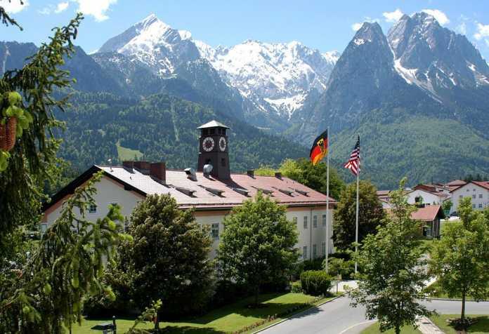 Gebäude des Ausbildungszentrums in Garmisch-Partenkirchen
