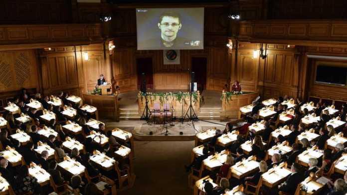 NSA-Affäre: Snowden erhält alternativen Nobelpreis in Abwesenheit