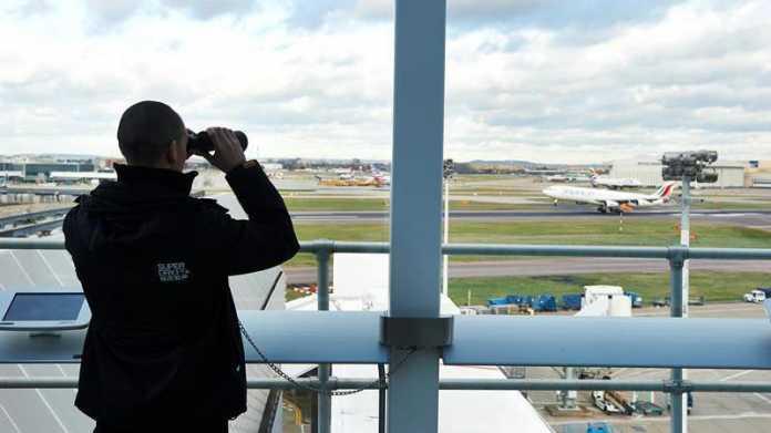 Computerproblem legt londoner Flughäfen lahm