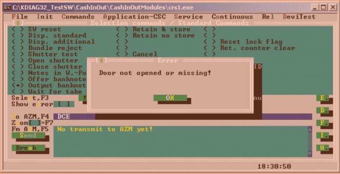 Die Test-Software hat eine Funktion zum Auswurf von Geldscheinen. Die sollte aber nur bei einem geöffneten Automaten funktionieren.
