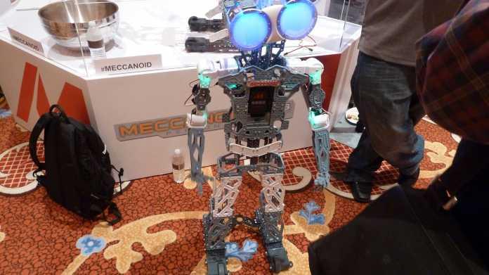 CES: Große Robotik zum kleinen Preis − Meccano lässt G15 KS von der Leine