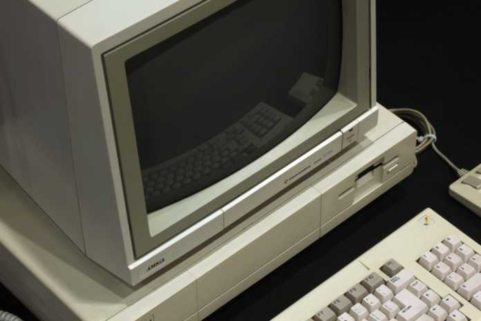 Neues Diskettenlaufwerk für alte Amigas
