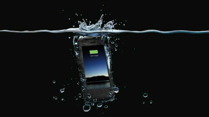 Wasserresistente Akkuhülle für das iPhone 6