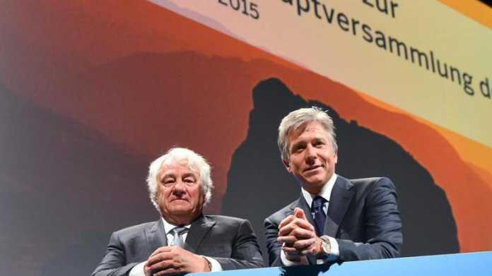 SAP-Aktionäre stützen Umbau weiter – und kritisieren verhalten