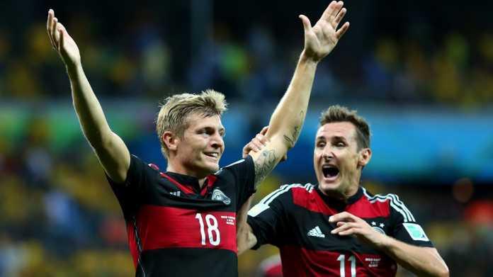 Toni Kroos und Miroslav Klose