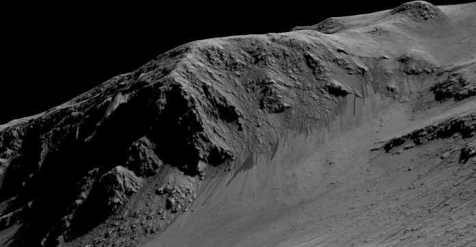 Ein Satellitenbild auf einem 3D-Modell zeigt ebenfalls die Streifen, die den Erkenntnissen zufolge von Salzwasser gebildet werden.