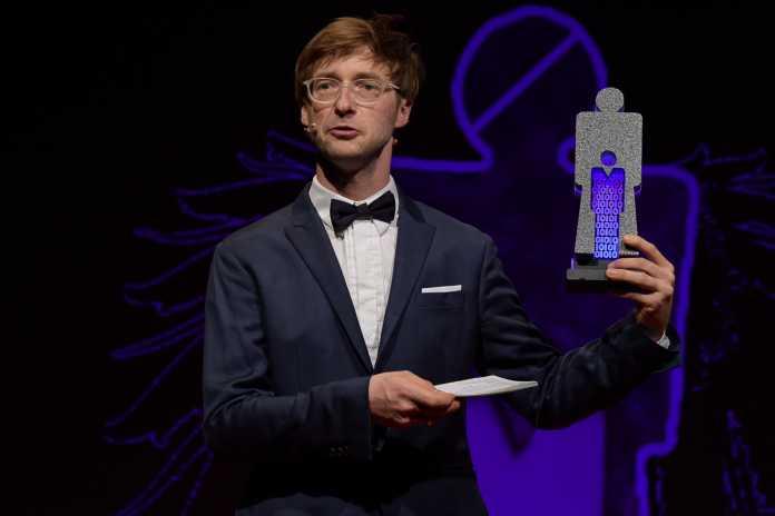 Herr eSeL mit Big Brother Award