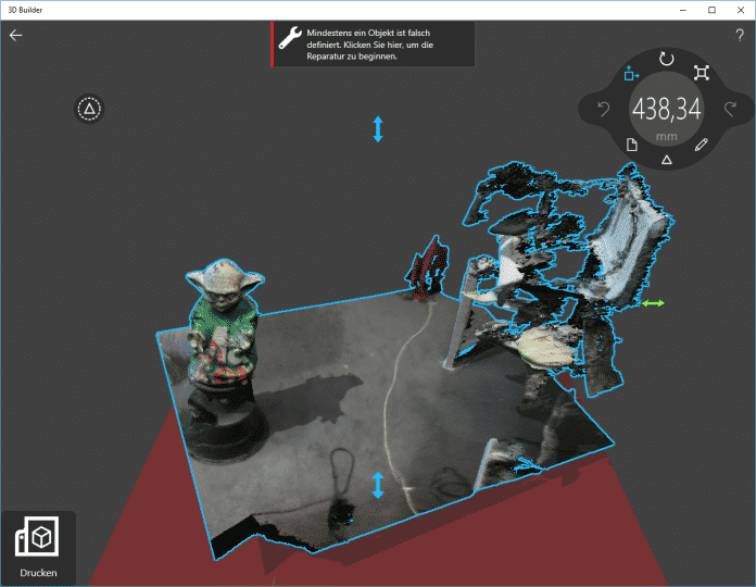 Auch zur Nachbearbeitung gibt es was von Microsoft – die 3D-Builder-App, aus der sich auch direkt in 3D drucken lässt.