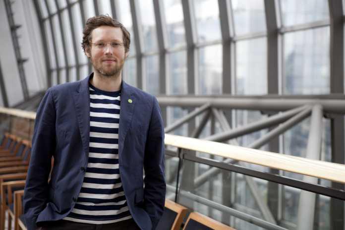 """Jan Philipp Albrecht, Europa-Abgeordneter der Grünen, befürchtet, dass die """"Rückabwicklung der Privatsphäre"""" in vollem Gang ist."""