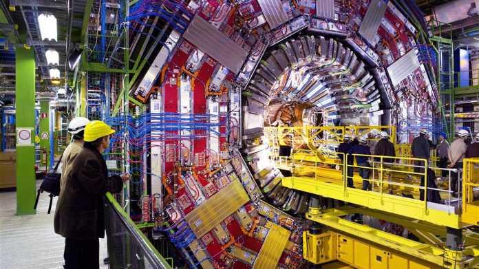 Teilchenbeschleuniger LHC: 300 Terabyte Forschungsdaten freigegeben