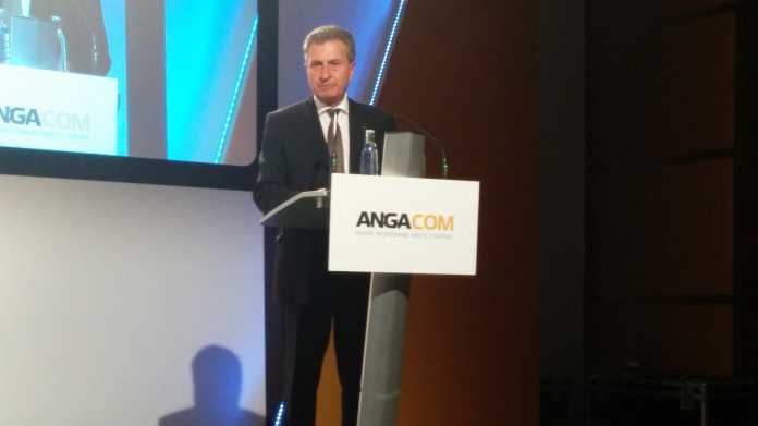 Günther Oettinger auf der Anga Com 2016
