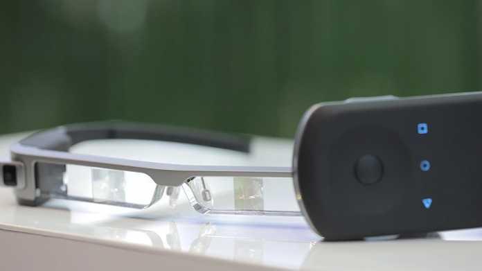 Epson hat die Moverio-Datenbrille geschrumpft (Hands-on)