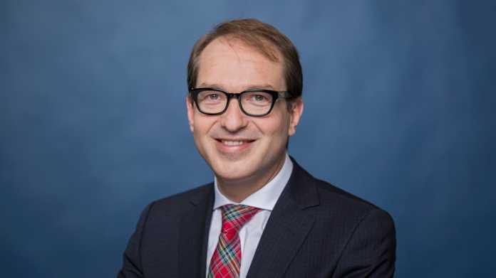 Tablets am Steuer explizit verbieten: Alexander Dobrindt, Bundesminister für Verkehr und digitale Infrastruktur
