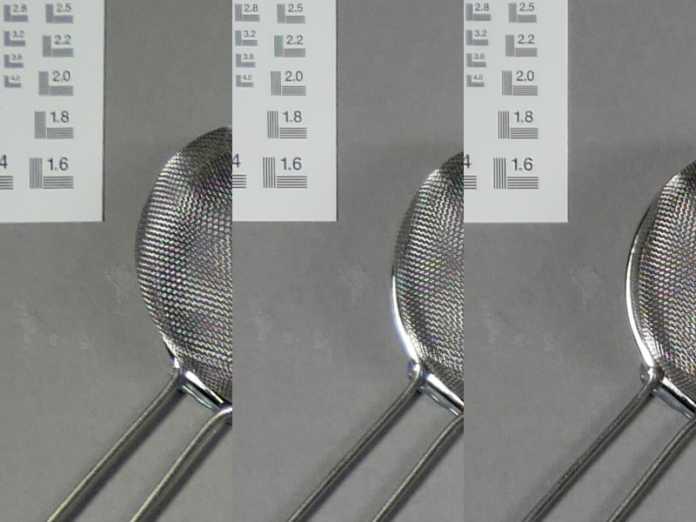 Das Kit-Objektiv bei ISO 100 und f/5.6 an der c't Testszene (Ecke); oben: 12 mm; Mitte: 25 mm; unten: 60 mm