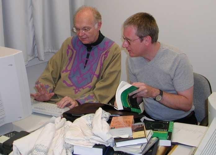 Das intensive Interview mit den beiden c't-Redakteuren Harald Bögeholz (hier im Bild) und Andreas Stiller an der TU München dauerte über drei Stunden ... und wurde dann im Augustiner-Keller fortgesetzt.