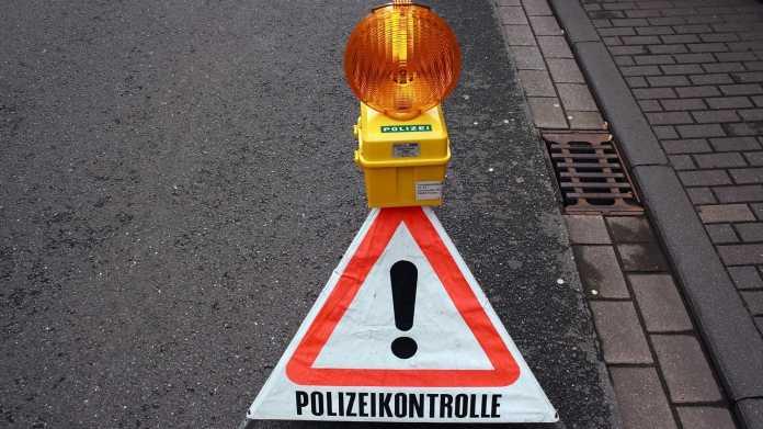"""Warnschild """"Polizeikontrolle"""""""