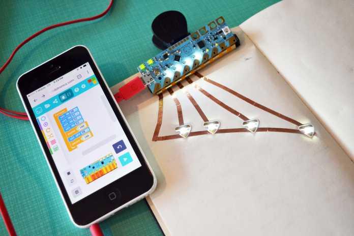 Love to Code: Mikrocontroller zum Kleben und Clippen