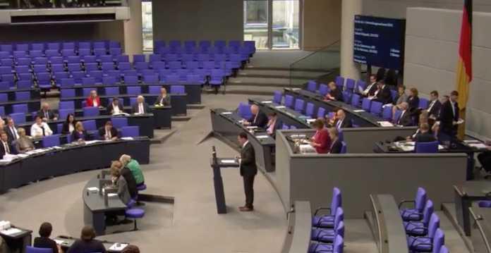 Das Plenum während der Debatte über den Bericht des NSA-Untersuchungsausschusses.